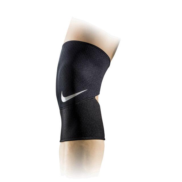 Pro Combat Closed Patella Knee Sleeve 2,0